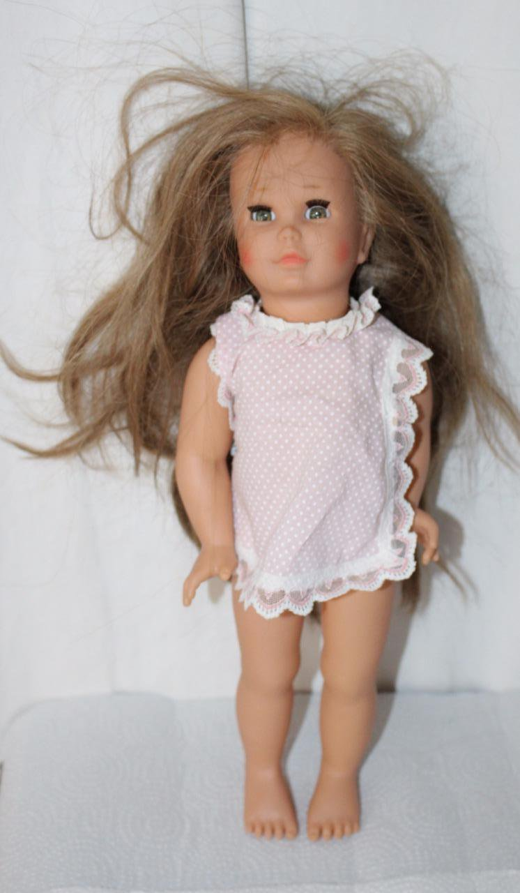 "14"" Doll with Schildkroet Turtle Mark Long Light Brown Hair"