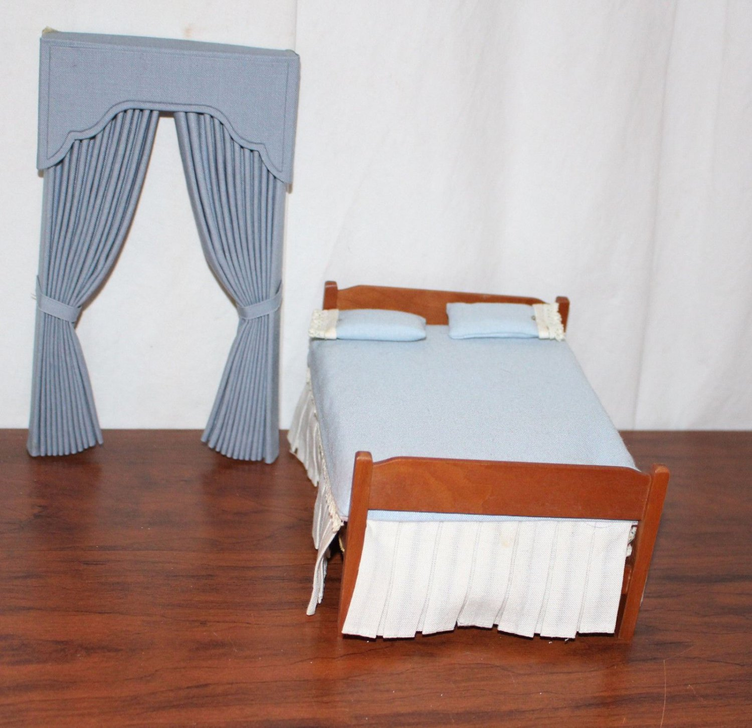 Dollhouse Miniature Wooden Bed and Bedding Window Treatments