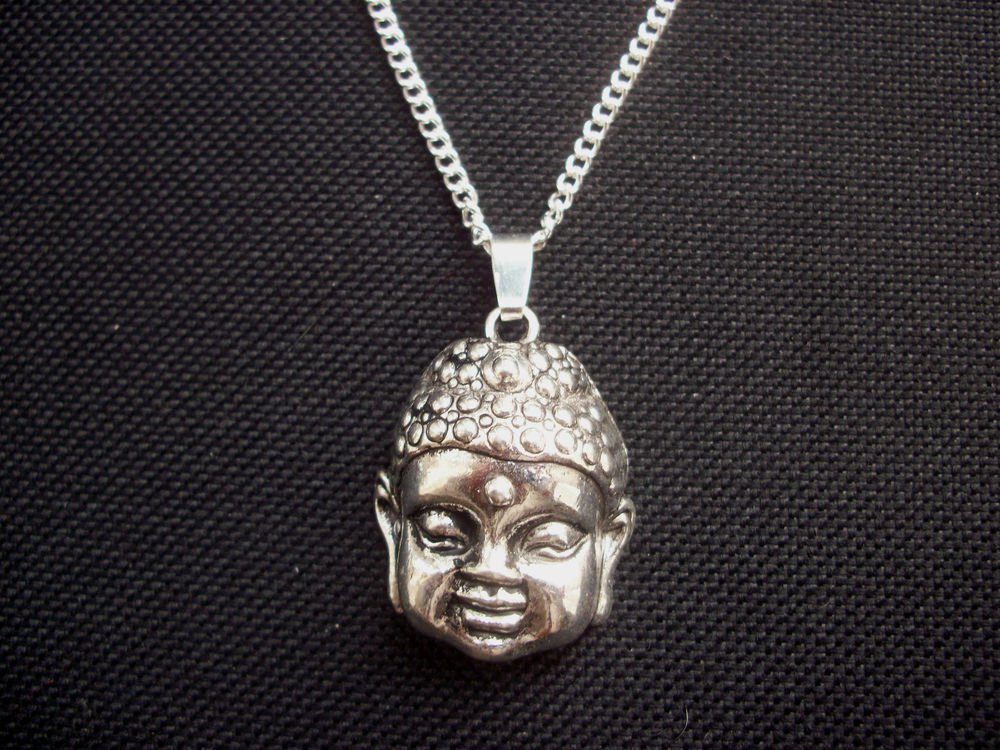 Buddha Head Silver Tone Metal Pendant & Chain Necklace 18 inch