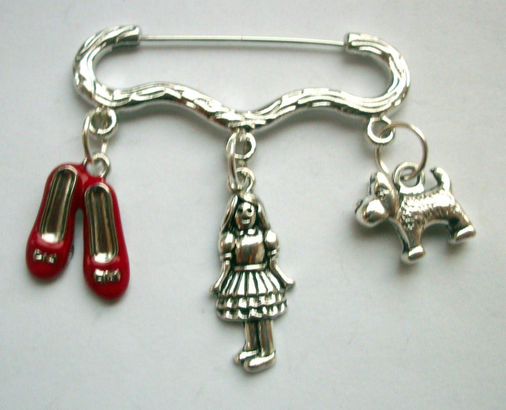 Dorothy Wizard of Oz Brooch Pin