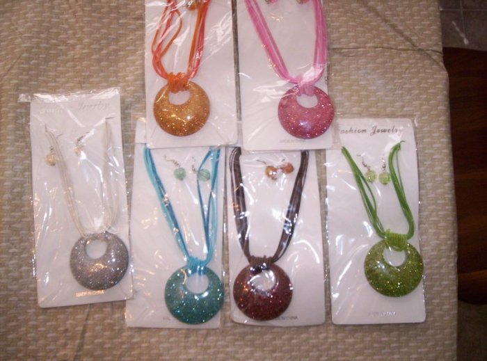 Large Pendant Necklace & Earring Set - Orange