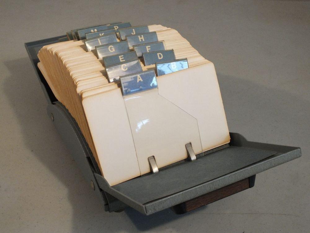 Vintage Zephyr American Rolodex File Model V535 with cards