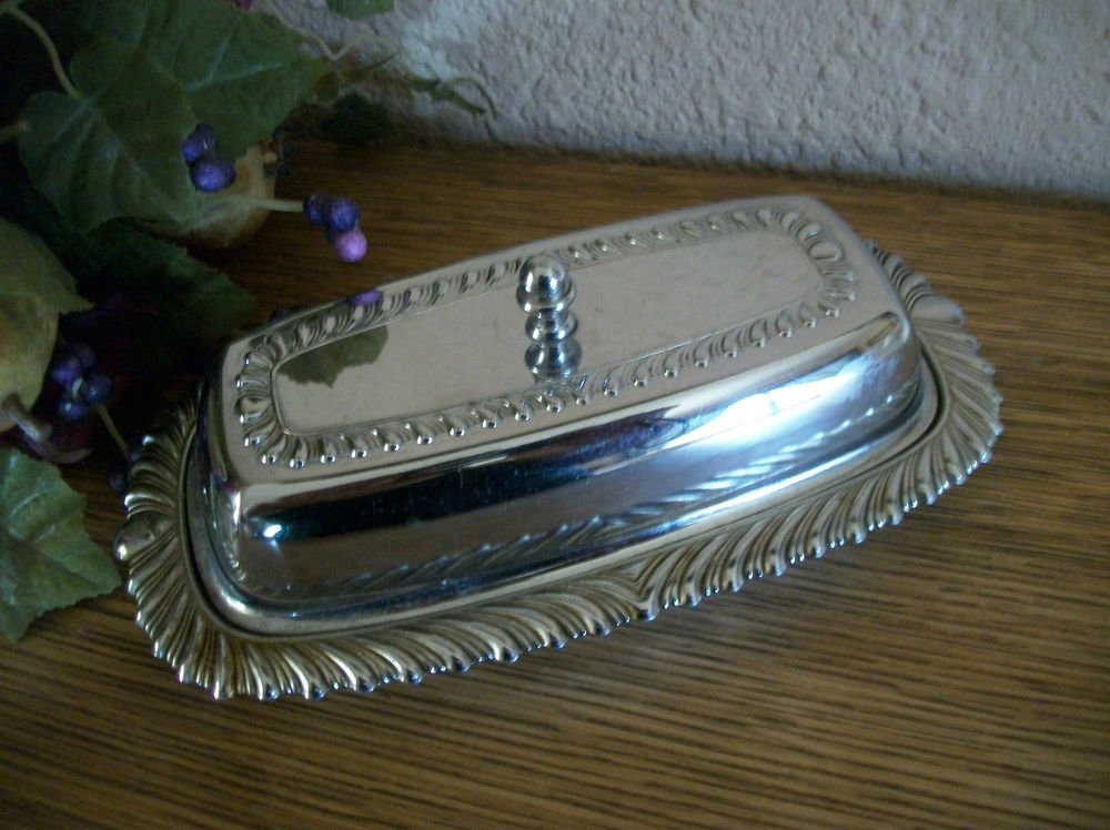 Butter Dish Covered Glass Tray Silver Plated  VTG 1960's Regency Tableware