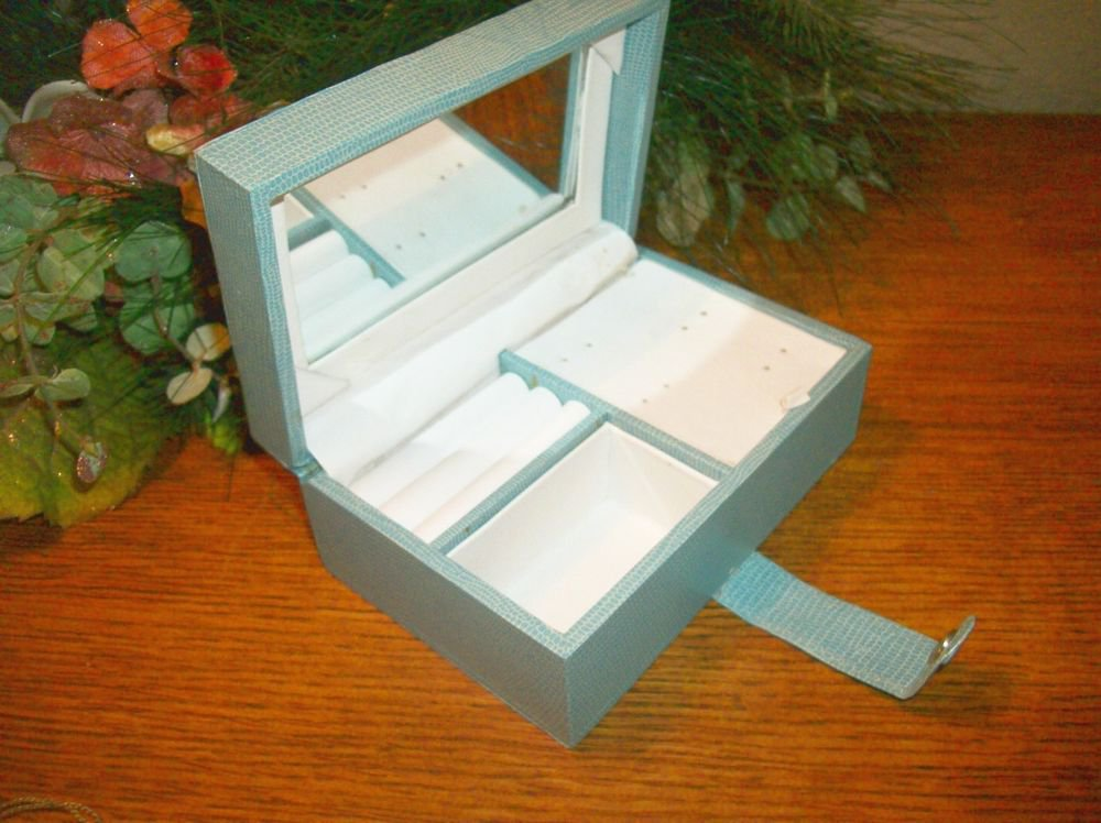 Jewelry Box VTG Blue Leatherette Women's Ring Earrings Compartment Storage  Case