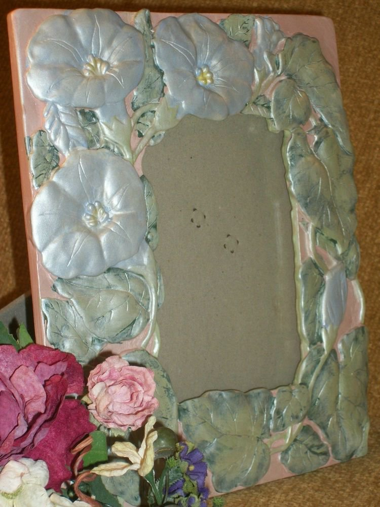 Picture Frame VTG 1980's Table Top Photograph Frame Romantic Floral Art Deco