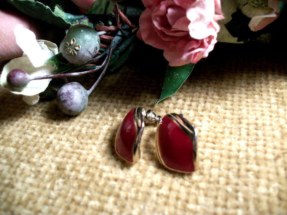 Post Earrings Short Drop Down Red Enamel Teardrop Vintage 1970's Fashion Jewelry