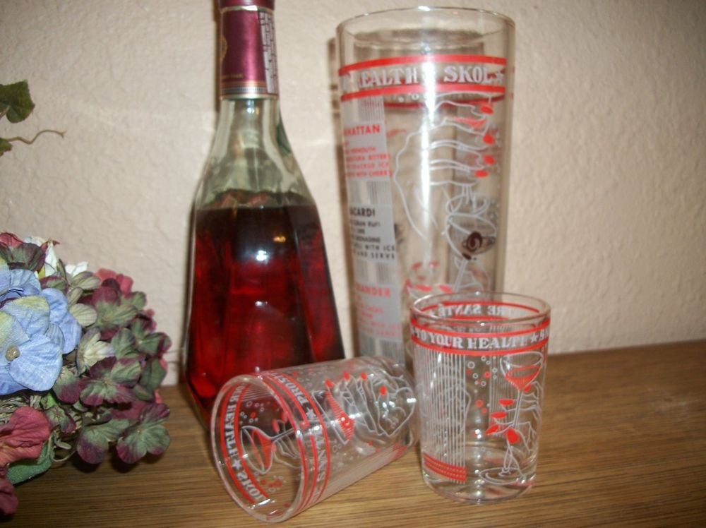 Cocktail Mixing Cup and Shot Glass Set VTG 1960's Mod Red White Retro Barware