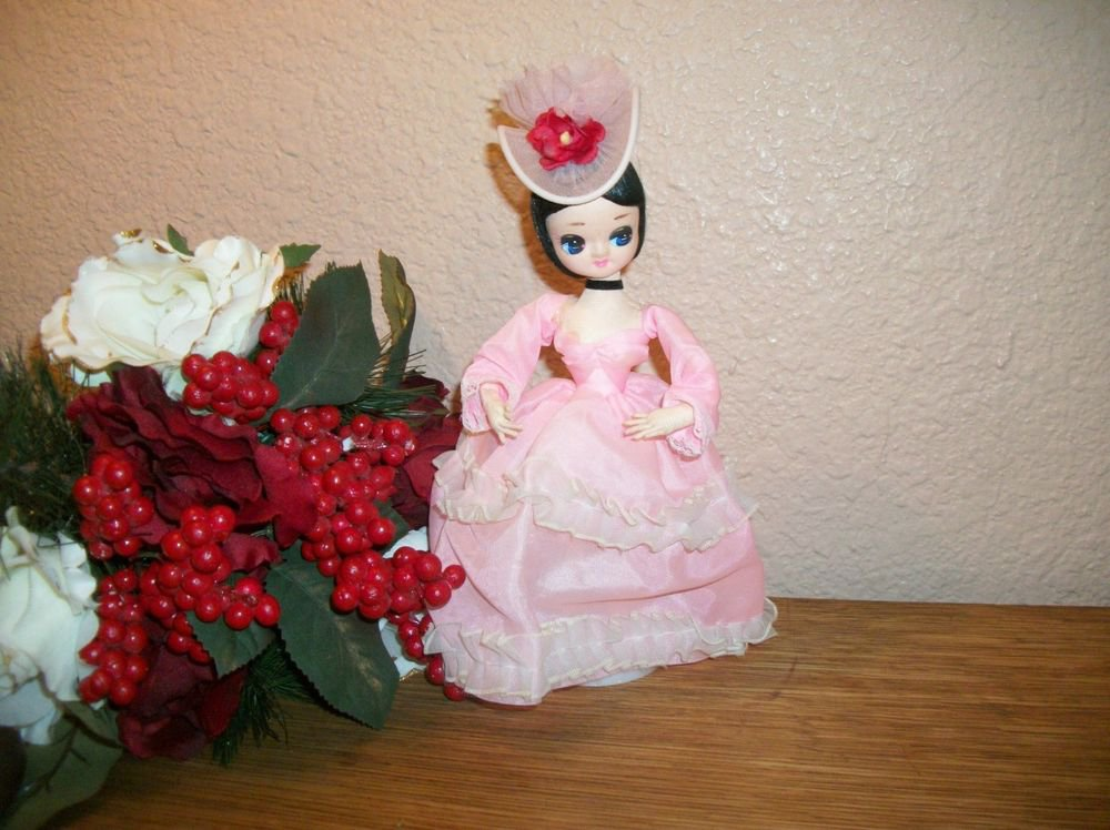 Charming Brinn's Pose Doll Pink Dress Stockingette Southern Belle VTG 1970's