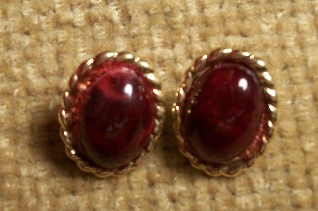 Red Dot Earrings Gold Frame Button Vintage 1970's Fashion Jewelry