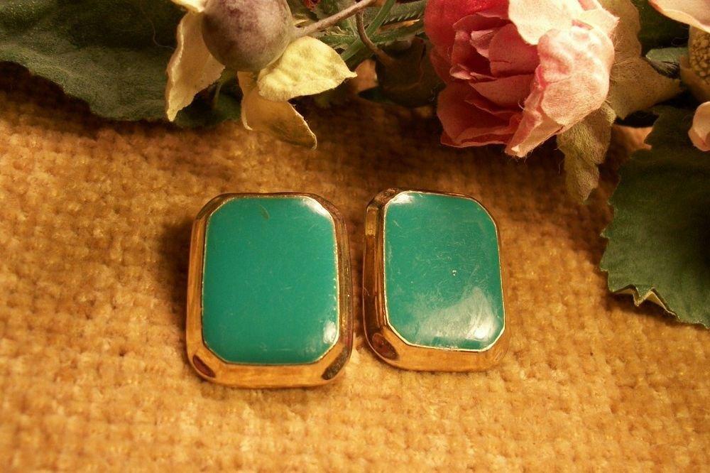Green Enamel Earrings Gold Metal Framed Pierced Post VTG 1980s Fashion Jewelry