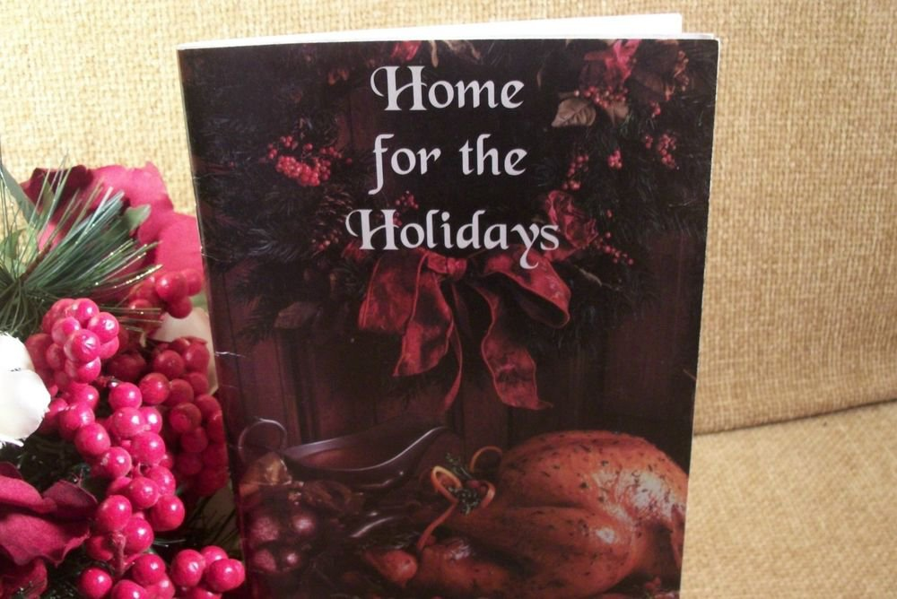 Home for The Holidays Volume 5 Holiday Recipes VFW Christmas Cookbook 2001