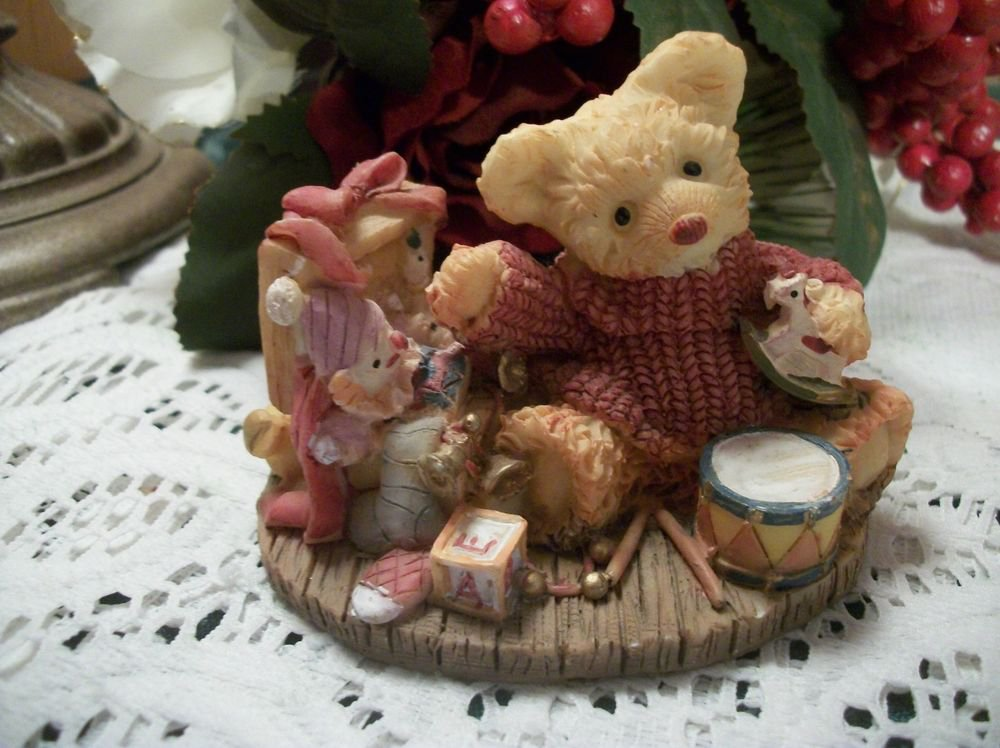 Teddy Bear Toy Box Resin Figurine Pink Blue Home Decor Vintage Collectible