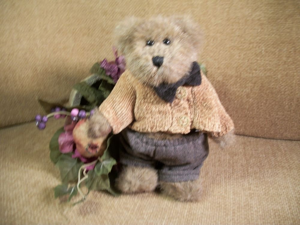 "BOYDS  Matthew H. Bear 8"" Plush Stuffed Animal Bearwear Sweater Retired"