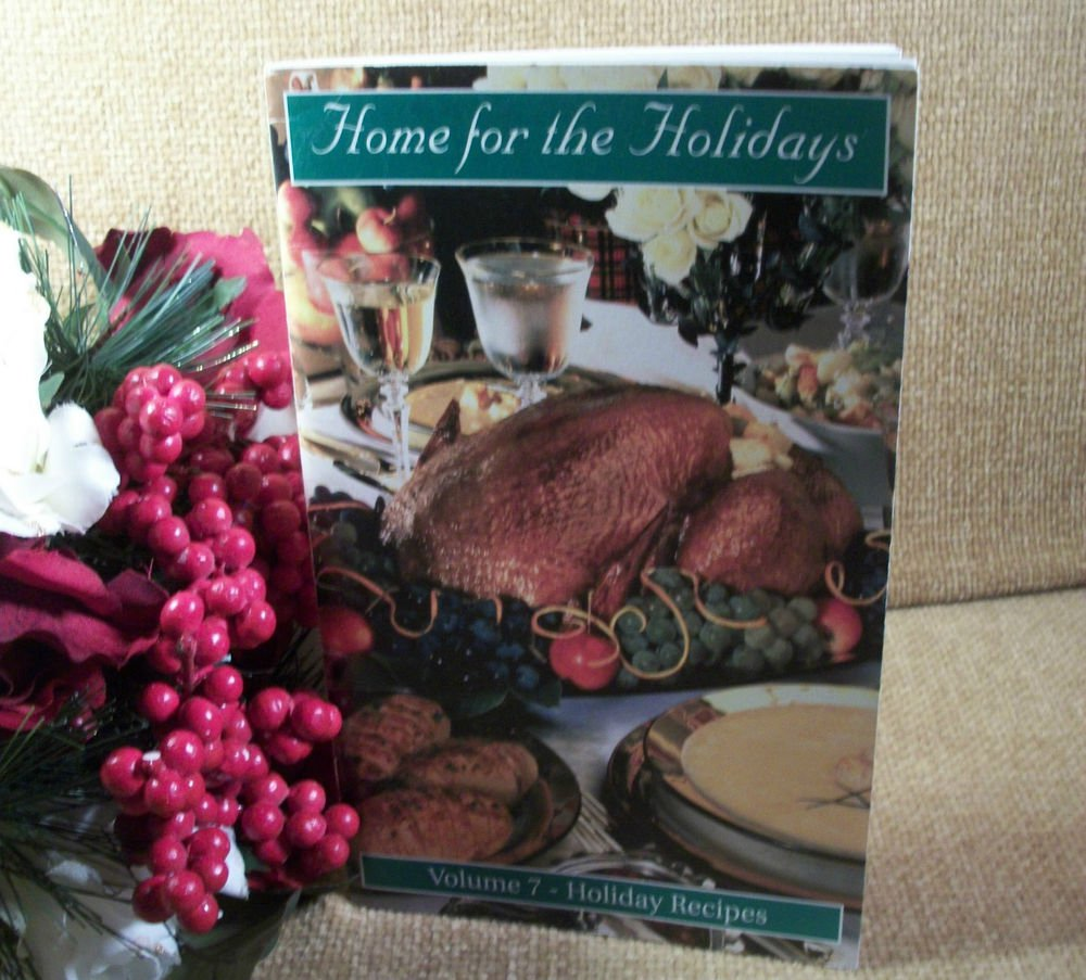 Home for The Holidays Volume 7 Holiday Recipes VFW Christmas Cookbook 2002