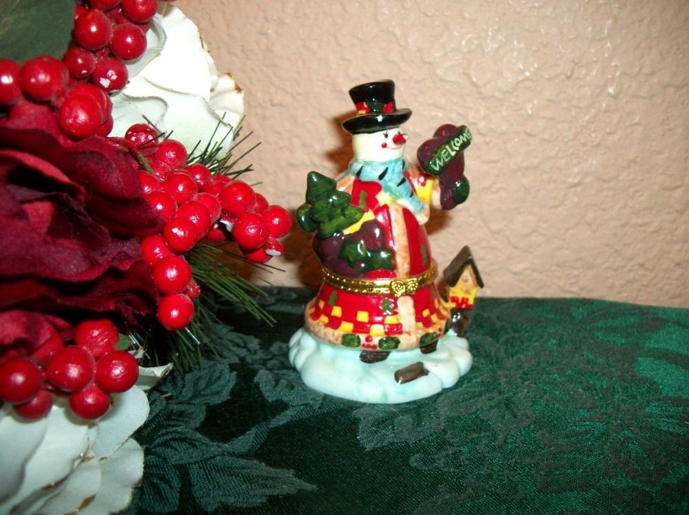 Snowman Trinket Box Ceramic Figurine Ring Keeper Winter Christmas Decor