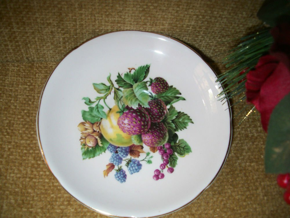 Royal Grafton Bone China Plate with Berries and Fruit Design Vintage Home Decor