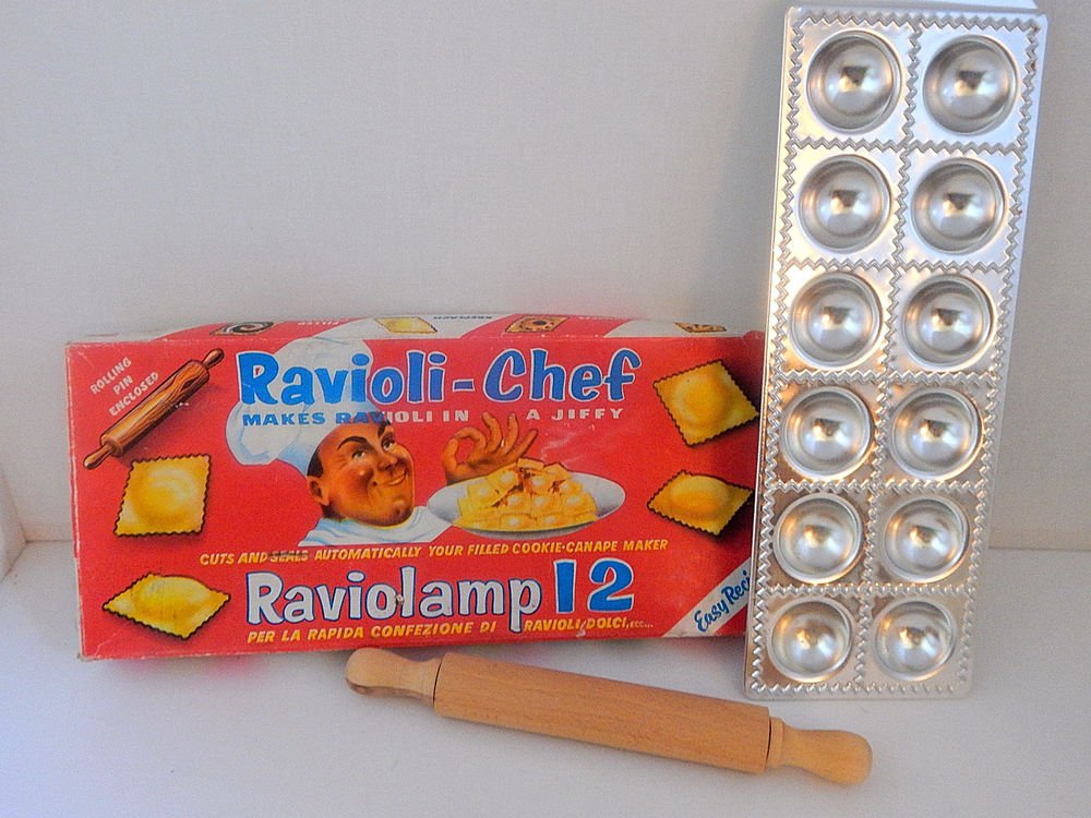 Ravioli Chef Raviolamp 12 Pasta Making Se Cookie Canape Maker Vintage 1950's
