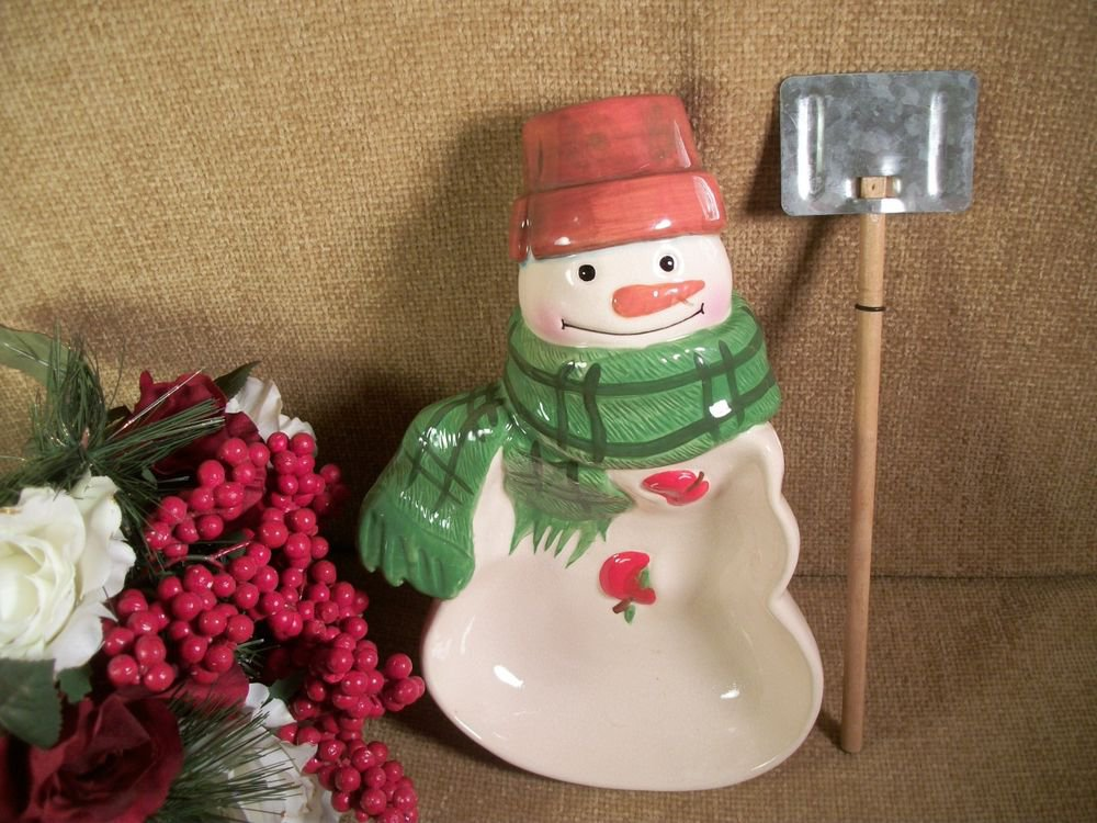 Mitford Snowman Bowl and Shovel Serving Set Hallmark Ceramic Christmas Tableware