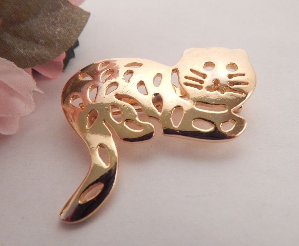 Cat Brooch Gold Metal Striped Tabby Kitten Bar Pin Collectible Vintage Jewelry