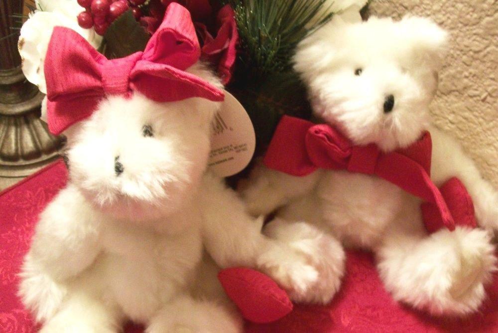 Hallmark Bear Eddie and Emily Couple White Plush Stuffed Animals