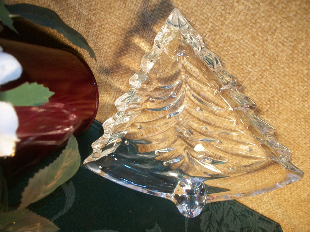 Elegant Vintage Christmas Tree Serving Dish Clear Pressed Glass Plate  Tray