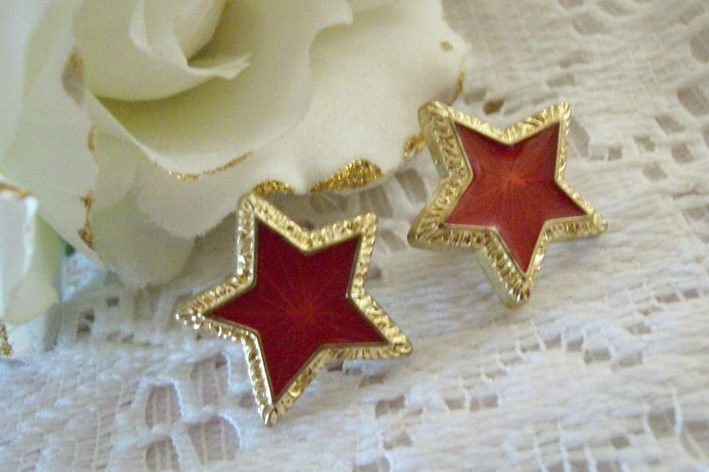 Red Star Earrings Shiny Gold Tone Metal Festive Holiday Patriotic Jewelry