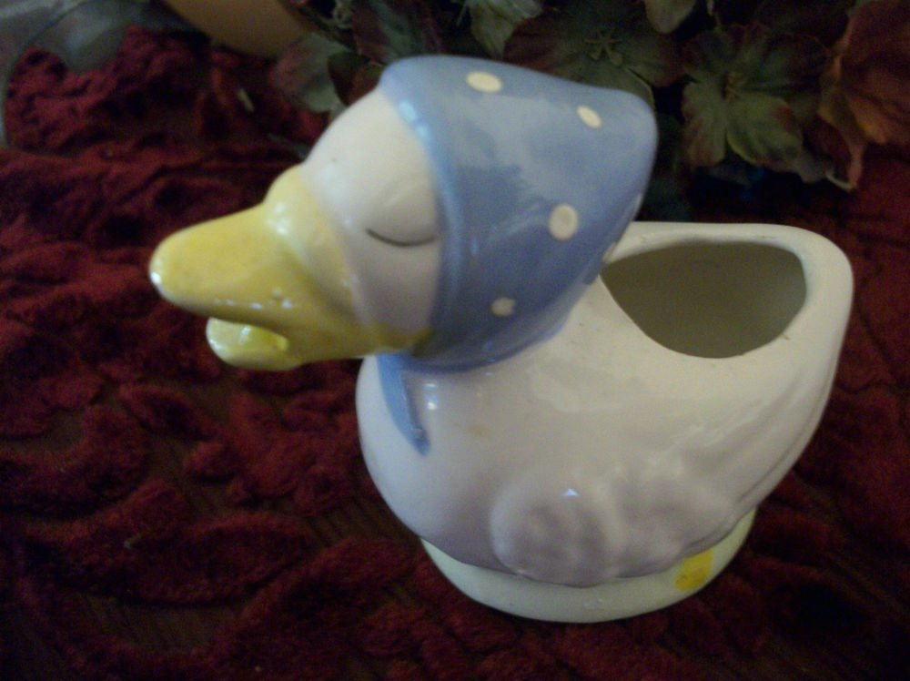 White Ceramic Duck VTG Figurine Country Farmhouse Animal Home Decor Collectible