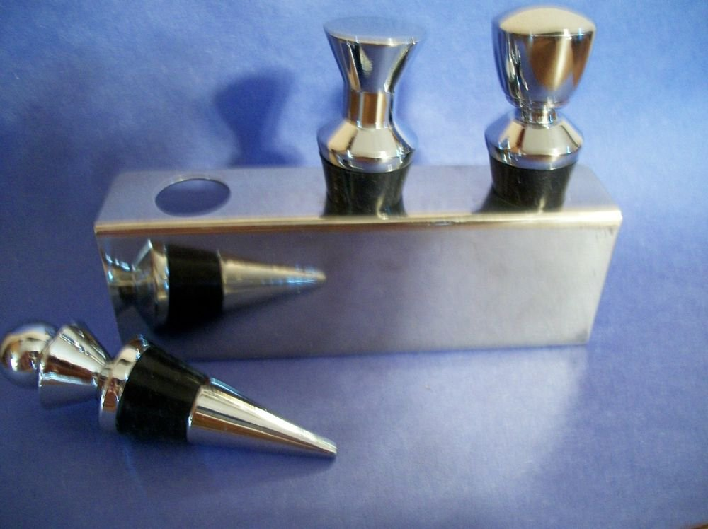 Bottle Stoppers Chrome Rubber Wine Liquor Serving Accessory 3 Bar Tools w/ Caddy