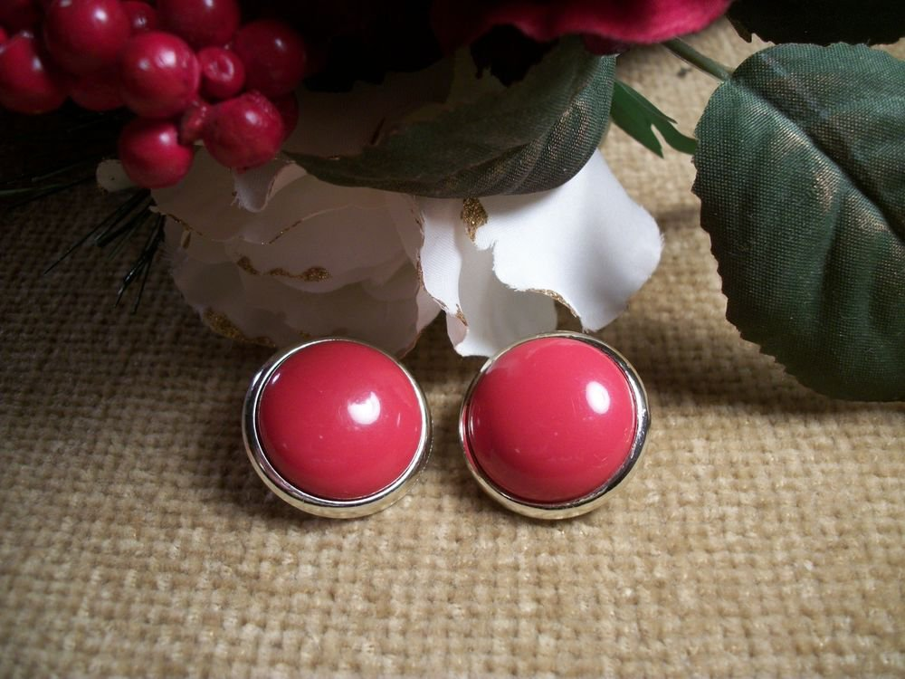 Clip On Earrings Red Dots Big Buttons Round Gold Metal Frame VTG Fashion Jewelry