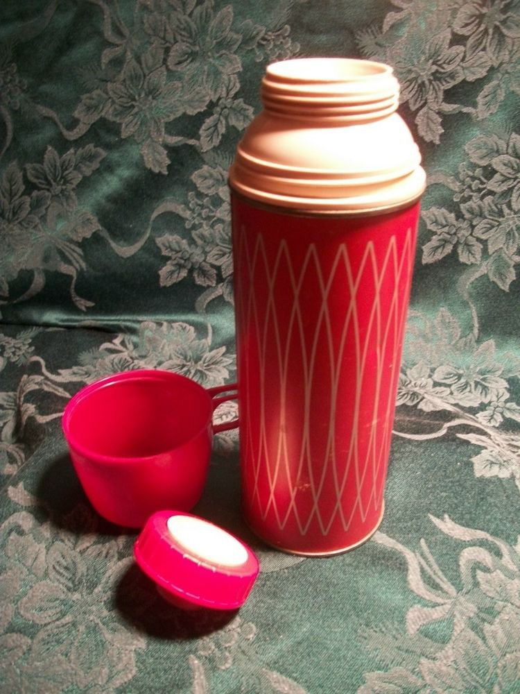 Classic Red Thermos Icy Hot One Pin Vacuum Bottle VTG Beverage Container