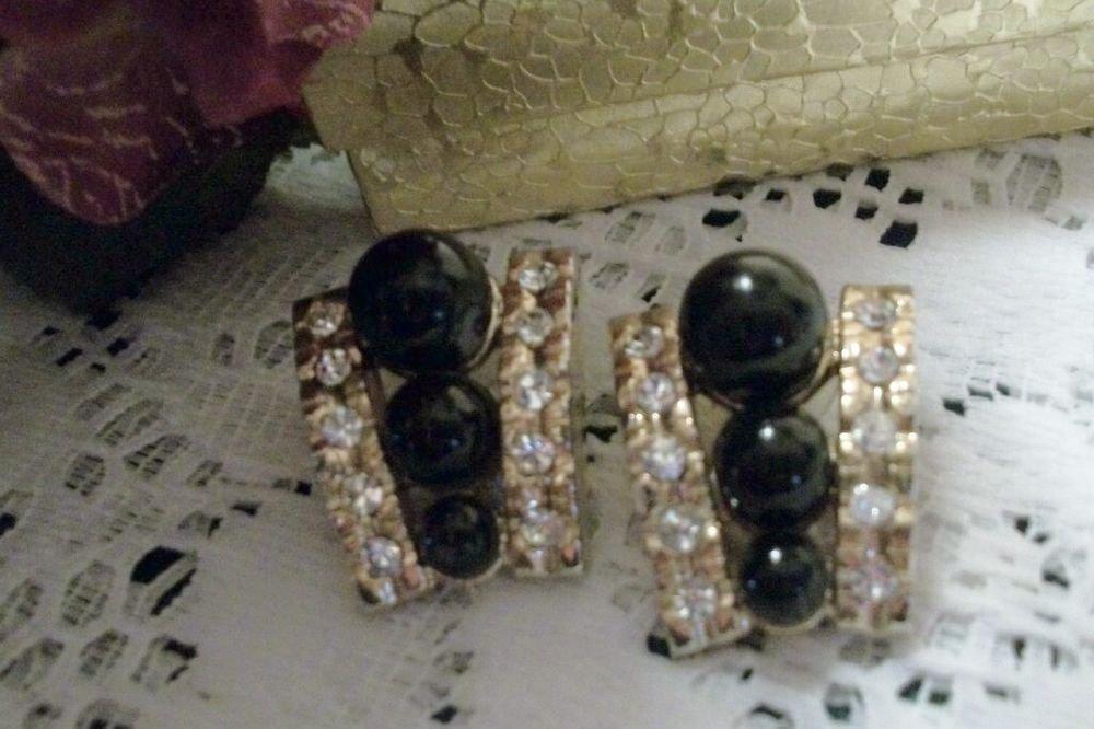 VTG Costume Jewelry Earrings Black Pearl Bead Rhinestone Drop Down Gold Clip On