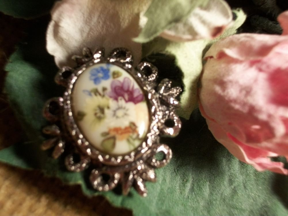 Victorian Brooch Porcelain Floral Cabochon Pin VTG Jewelry Mothers Day Gift