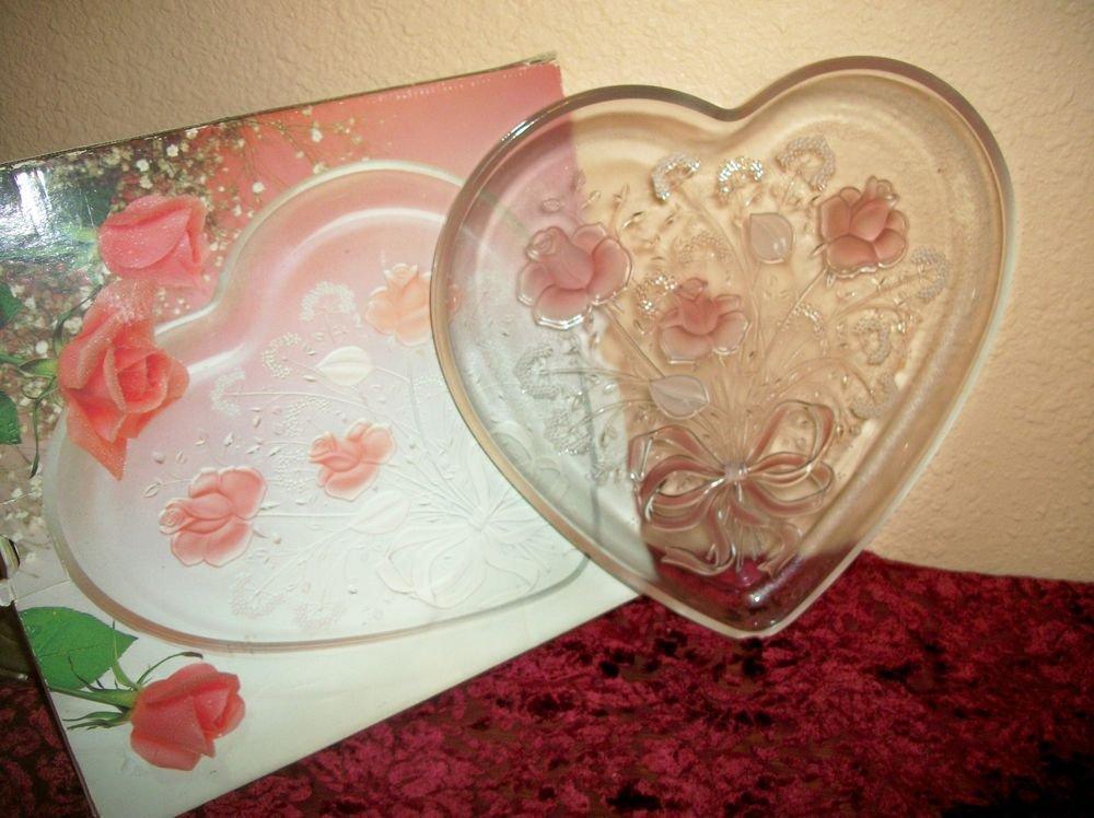 Mikasa Crystal Sweet Heart Bouquet Tray VTG Pink Floral Heart Serving Platter