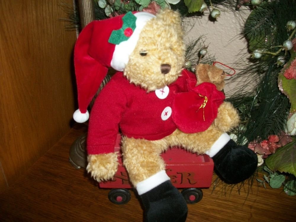 Sammy Santa Bear Russ Berrie Stuffed Plush Animal 2001 Avon Christmas Decor