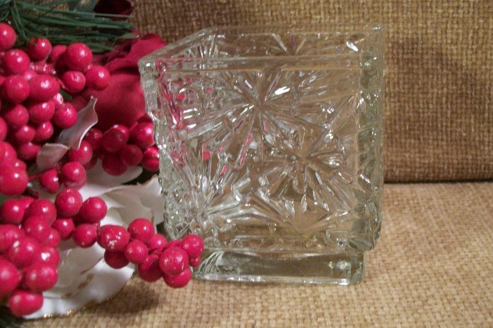 Avon Winter Lights Glass Candle Holder Snowflake Design VTG Christmas Home Decor