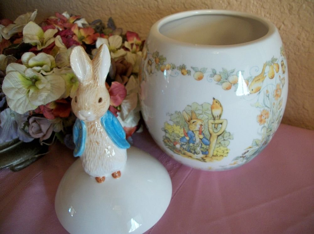 Beatrix Potter Peter Rabbit Covered Jar Candy Dish Easter Decor Teleflora 1996