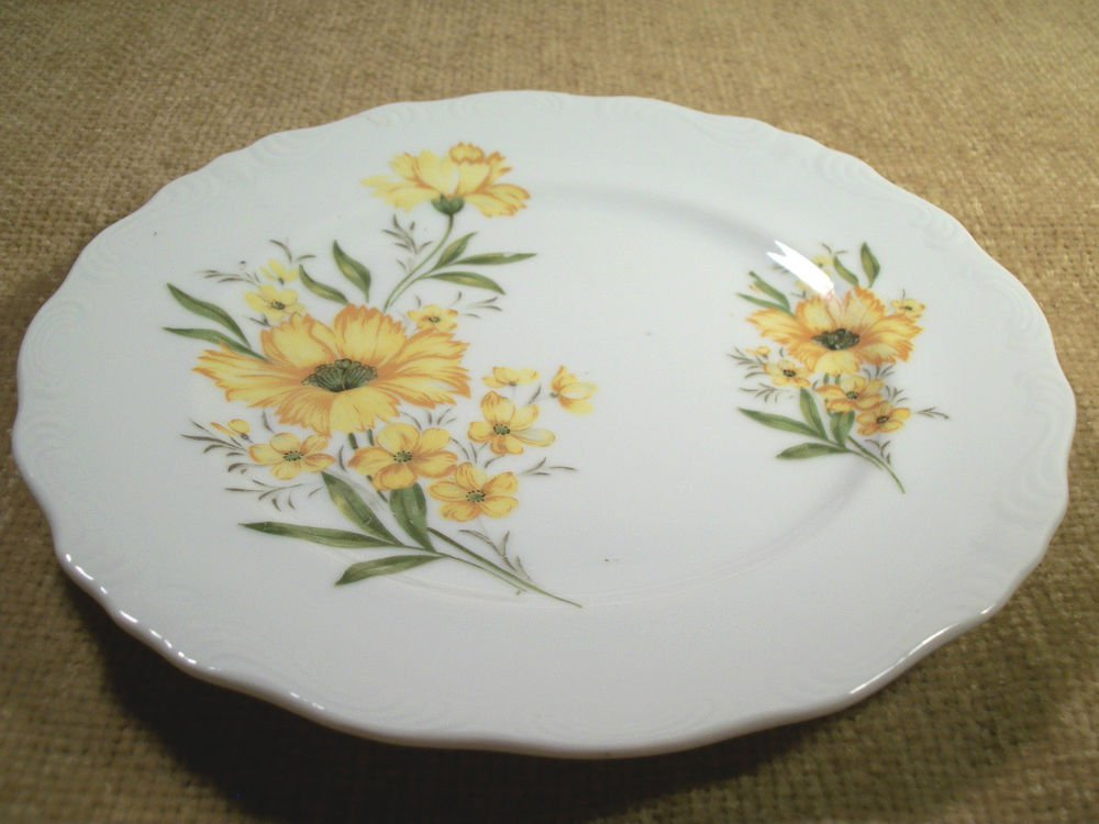 Serving Plate VTG Inarco Fine China Handpainted Porcelain Decorative Platter