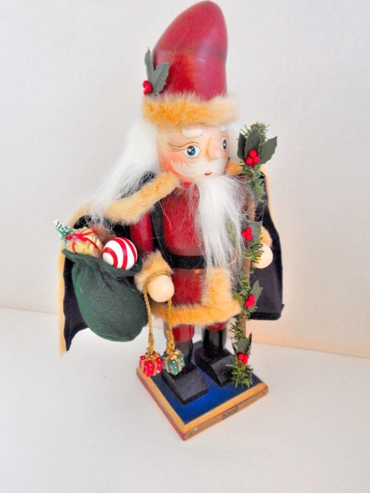 Santa Claus Nutcracker German Style Lever Jaw Christmas 2000 Millennium Keepsake