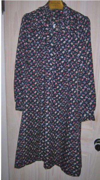 Tuxedo Dress NOS 12 Deadstock Princess Original Vintage 70s Floral Dark Blooms