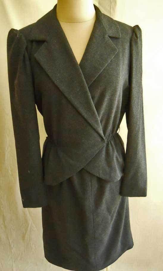 Travilla Peplum Suit Vintage Trophy 70s Puff Shoulder  Wasp Waist Bombshell 8