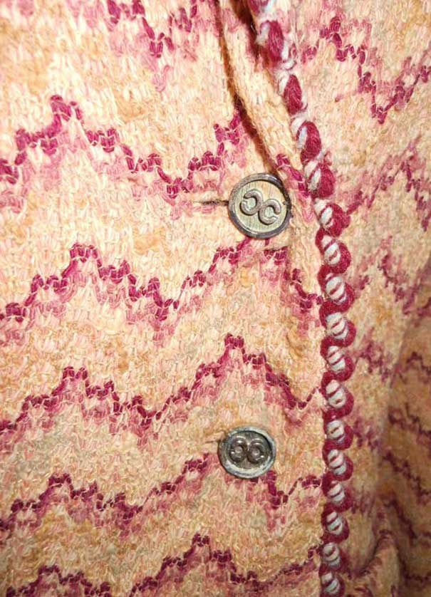 Vintage 60s Leamond Dean Pink Boucle Tweed Jacket Skirt Suit CC Logo Buttons