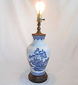 Japanese Scene Lamp Vintage Ceramic Urn Regency Toyo Japan Blue White Landscape