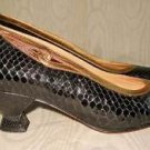Vintage 70s Maud Frizon  Flared Heel Snake Skin Pumps Shoes  5.5 Gold Trim