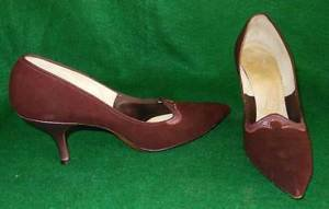 Vintage 70s Suede Pumps Extreme Pointy Toe Regency Burgundy Metallic Heel Shoes