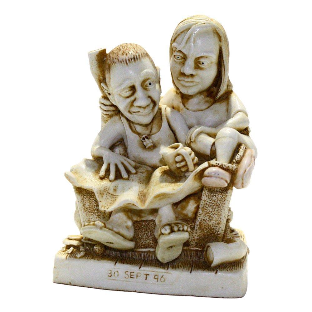 Harmony Kingdom Paper Anniversary Solid Cake Topper Figurine