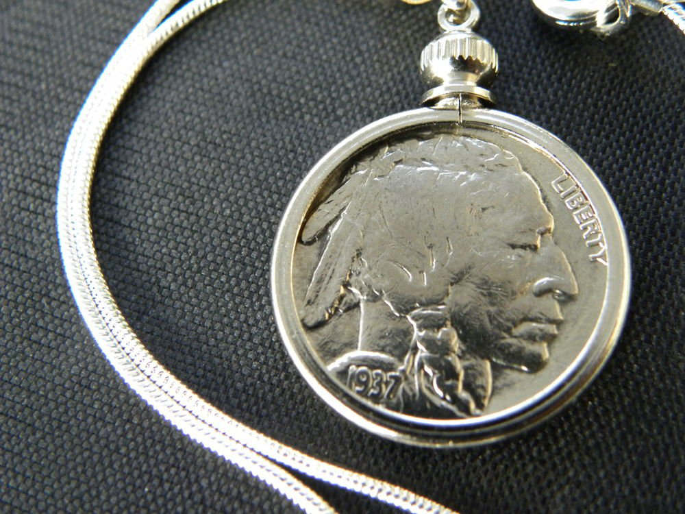 Women  Necklace  Authentic Buffalo Indian Nickel coin silver chain gift box