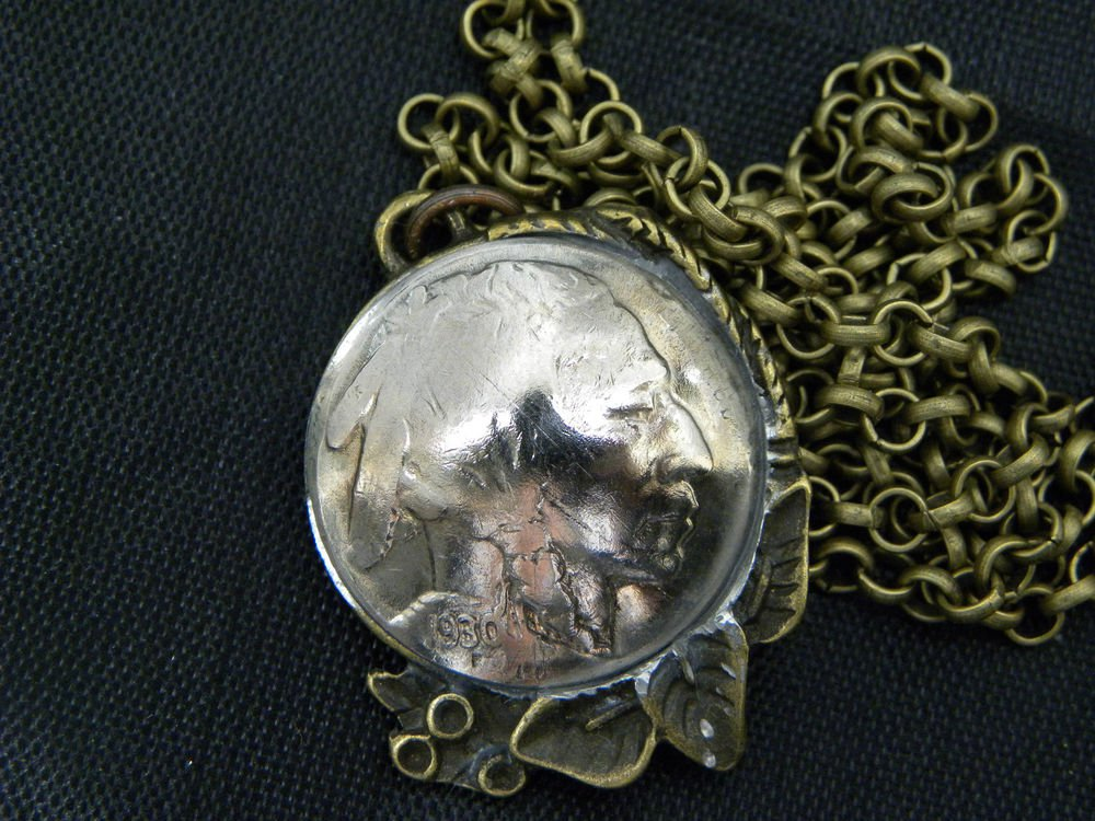 Vintage necklace Authentic 1930 Buffalo Indian Head  coin Antique Bronze plate