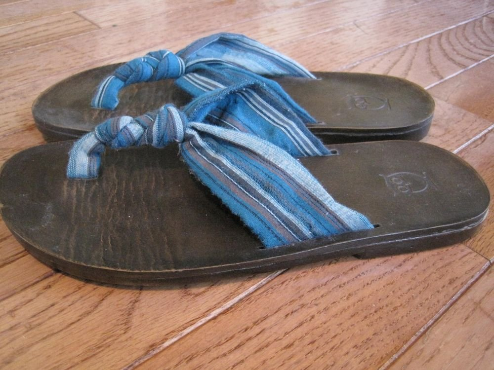 Mossimo Thong Flip Flops Sandal Size 5 Blue/Turquoise Stripe Knotted Fabric