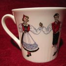 Tea Cup Figgjo Norway Design 1057 Red/Blue Hardanger Folk Dancers Teacup