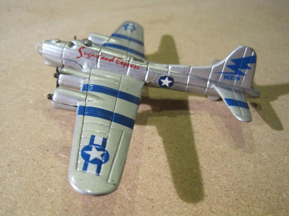 B-17G Flying Fortress Maisto Tailwinds Diecast & Plastic